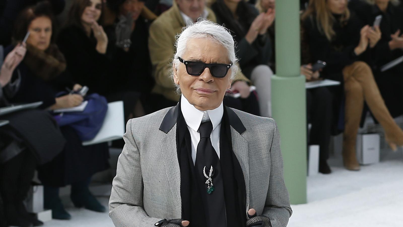 Fashion Designer Karl Lagerfeld Dies Aged 85