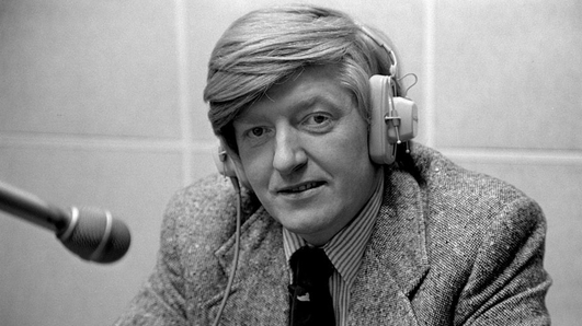 Tributes paid to former This Week Presenter Mike Burns