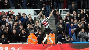 Sean Longstaff receives the acclaim of the Newcastle fans