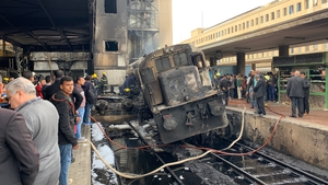 Train rammed into a barrier at Ramses station
