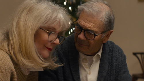 Blythe Danner and Robert Forster in What They Had