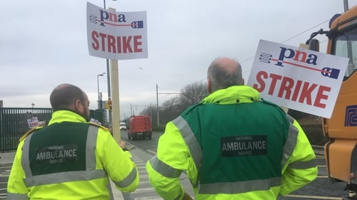 PNA ambulance members will hold a protest outside Leinster House tomorrow