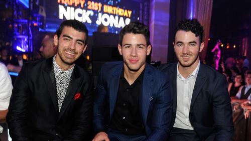 Jonas Brothers 'Sucker' Music Video Tweet Reactions