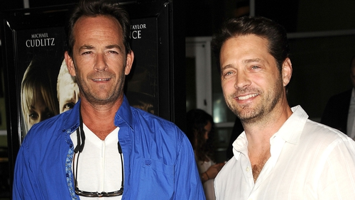 Jason Priestley has shared a touching tribute to his late Beverly Hills, 90210 co-star, Luke Perry