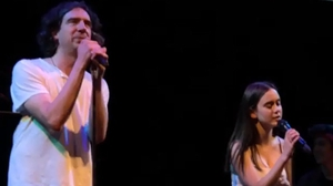 Coco Arquette and Gary Lightbody duetted on Snow Patrol anthem Chasing Cars at a concert in California for paediatric cancer charity Chords2Cure Screengrab: Courteney Cox/Instagram