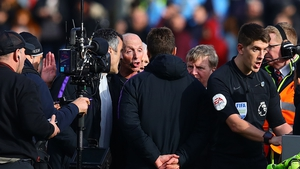 Mauricio Pochettino confronted Mike Dean at the end of Tottenham's 2-1 defeat to Burnley last month