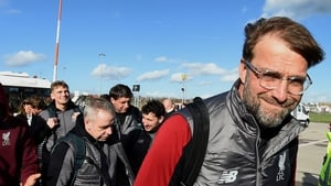 Klopp boards his flight to Munich for Liverpool's second leg against Bayern