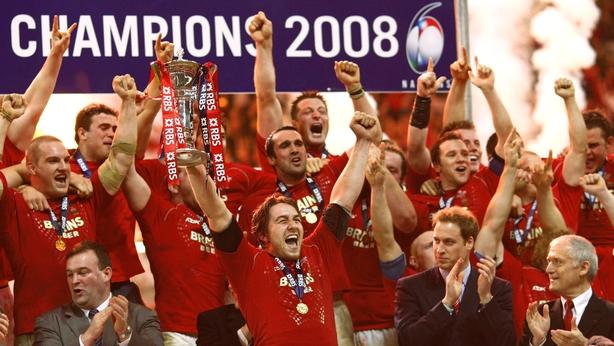 Jones hails Gatland for Welsh 'resurrection'