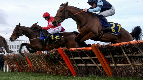 oel Fehily onboard Eglantine Du Seuil (left) clears the last ahead of Gavin Sheehan onboard Indefatigable