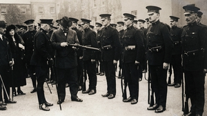 A 1920 inspection of the Royal Irish Constabulary by Sir Hamer Greenwood, Chief Secretary for Ireland Photo: Bettmann/Getty Images
