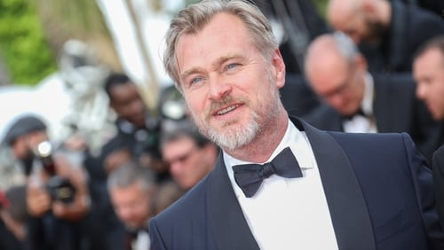 Twinkle Khanna Congratulates Dimple Kapadia On Joining Christopher Nolan's Tenet