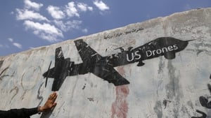 Graffiti protesting against US drone strikes in Yemen. Photo: Mohammed Hamoud/Getty Images