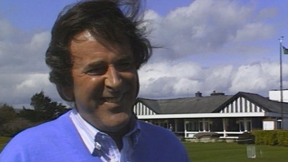 Terry Wogan plays golf in Dun Loaghaire (1989)