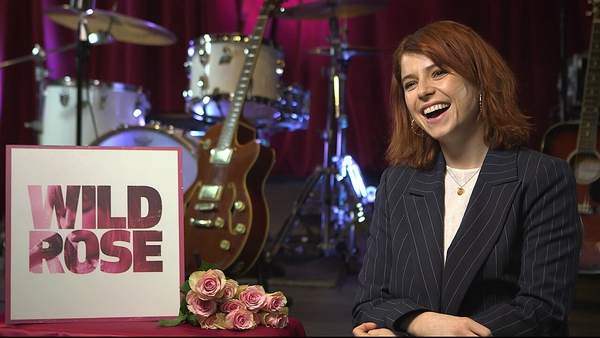 Jessie Buckley speaking to RTÉ Entertainment