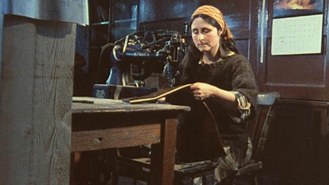 Jody Morgan sewing pipe bag (1984)