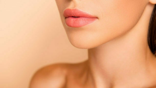 Beauty-lover Suzy Griffin lists her four foolproof tips for fuller lips.