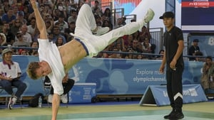 Russia's b-boy Bumblebee (L) competes against Japan's b-boy Shigelix during a battle at the Youth Olympic Games in Buenos Aires