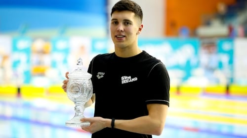 Darragh Greene with his Swimmer of the Meet trophy