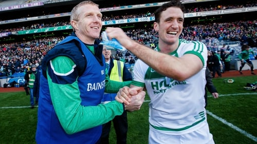 Colin Fennelly celebrates Ballyhale Shamrocks All-Ireland win with manager Henry Shefflin