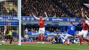 Phil Jagielka scores the game's only goal