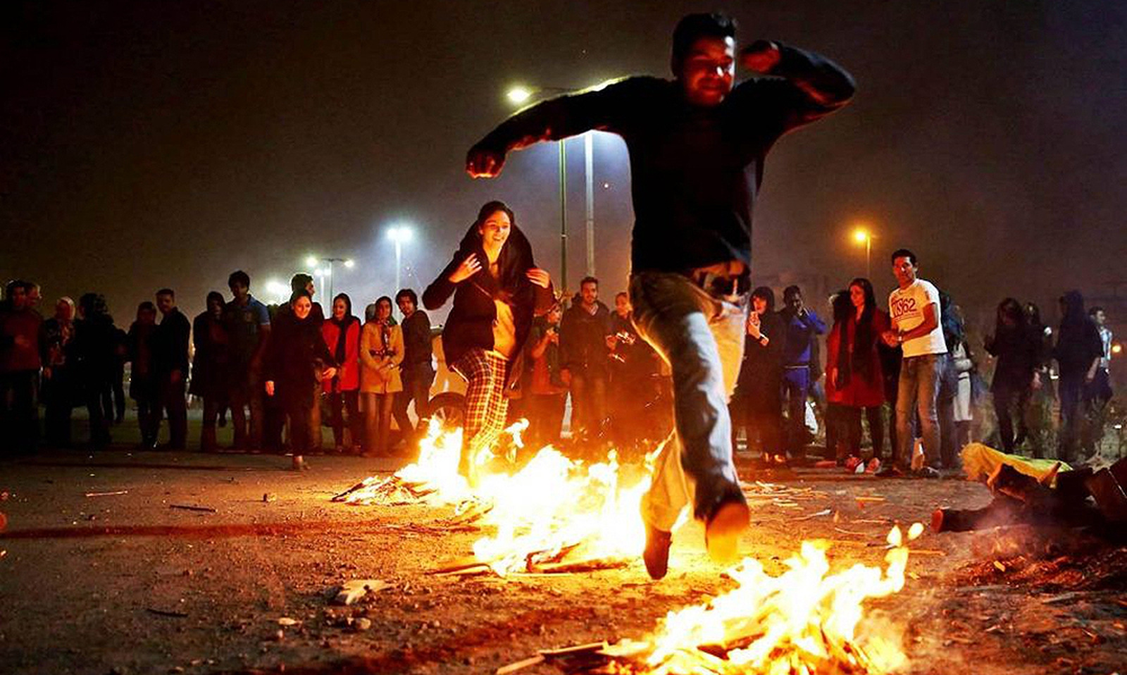 Image - Known as Chahar-shunbeh Suri in Persian, 'Wednesday of Fire' is a Nowruz tradition