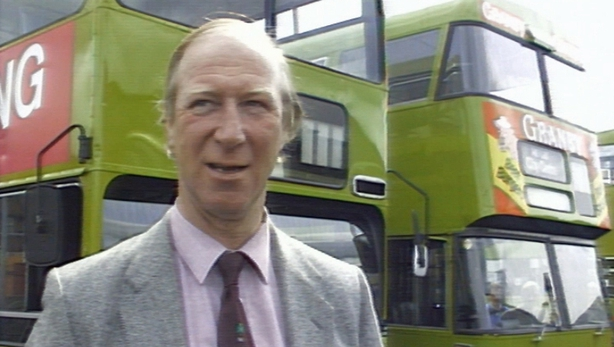 Jack Charlton supports Dublin Bus campaign to end violence and vandalism (1989)