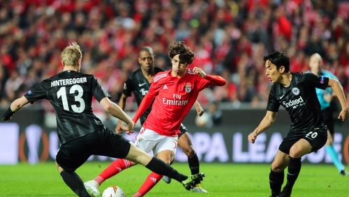 Benfica's Joao Felix (c) was the star in Lisbon
