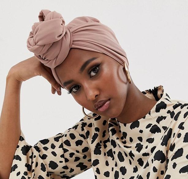 Verona chiffon maxi headscarf in dusty rose (Verona/PA)