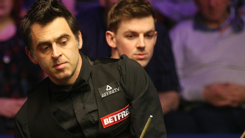 O'Sullivan (l) looked out of sorts throughout