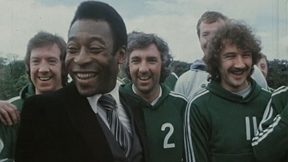 Pelé Meets Irish Soccer Team