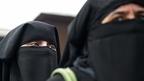 Sri Lanka bans face veils after attacks