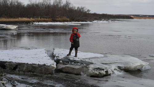 Climate change forcing Alaskans to hunt for survival