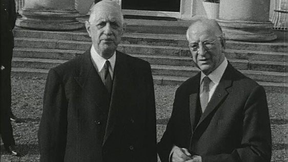 Charles de Gaulle and Éamon de Valera.
