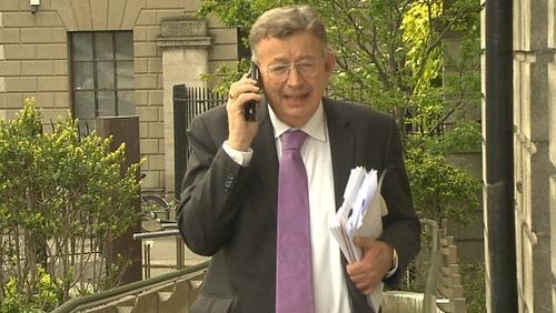 Damáistí €160,000 ceadaithe don aturnae, Gerald Kean