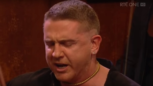 Watch: Damien Dempsey performs Rocky Road to Dublin on Late Late
