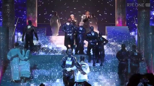 Two dancers had flags on their backs during Madonna's Eurovision performance
