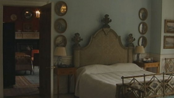 Bedroom, Farmleigh House, Phoenix Park (1999)