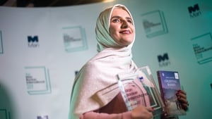 Jokha Alharthi receiving the award in London this evening