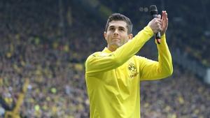 Christian Pulisic says goodbye to the Dortmund fans