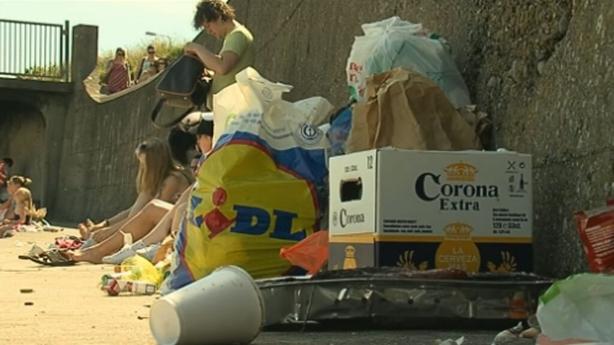 Litter on Portmarnock Beach (2009)