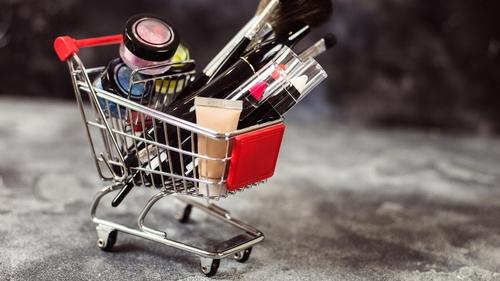 Those unused lipsticks and eyeshadows have a carbon footprint, too