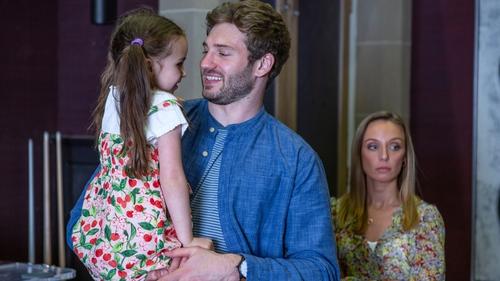 Jamie Tate's secret wife and child arrive on the scene