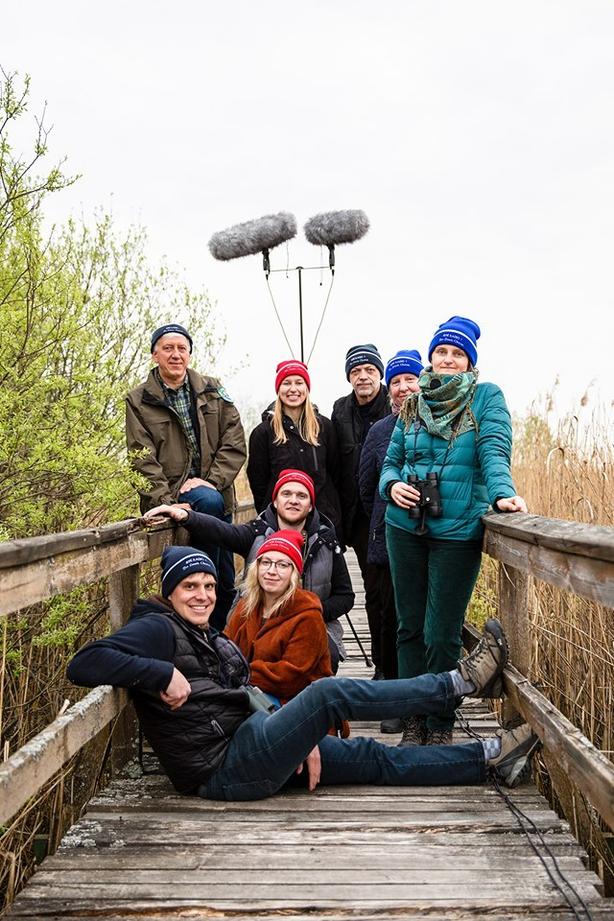 The LRT Dawn Chorus crew proudly wearing their hats!  Pictured: Arunas Pranaitis, Marius Karlonas, Martina Rackauskaite, Aiste Baltraityte, Marius Dan, Aušra Juraite and Vaida Pilibaityte (photo: LRT / Facebook)