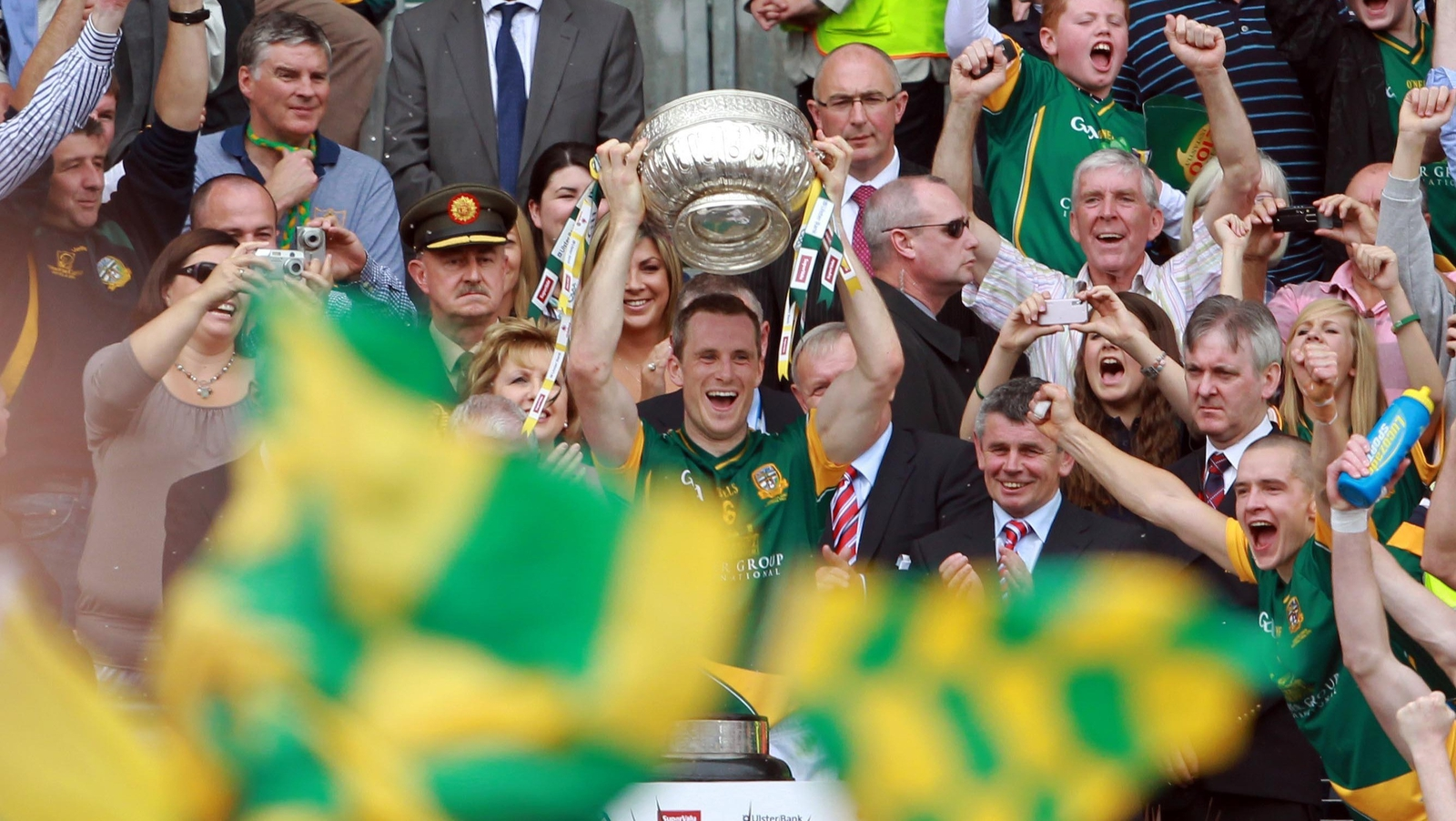 Image - Meath captain Nigel Crawford with the silverware