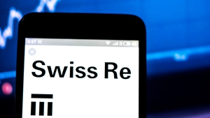 Swiss Re is pressing ahead with a flotation of its UK subsidiary ReAssure