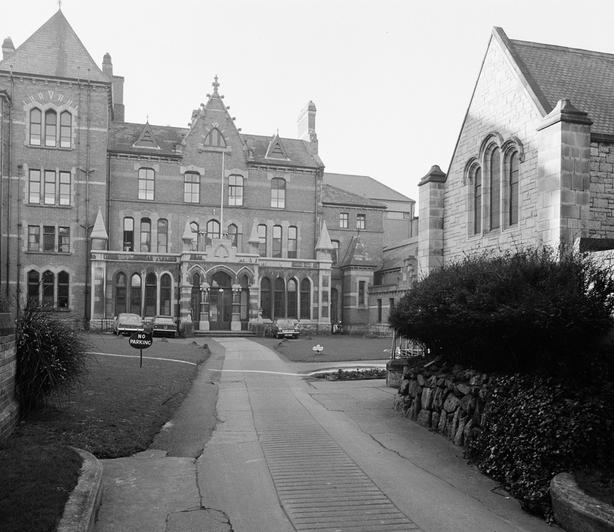 Wesley College, St Stephen's Green, Dublin (1968)