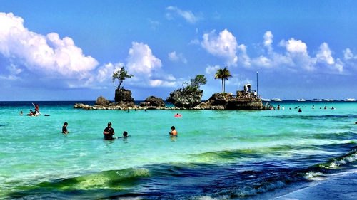 Boracay Island, Philippines - a popular spot for divers. If you're going to undertake such activities while holidaying, be sure to get an adequate travel policy to cater for all possible outcomes