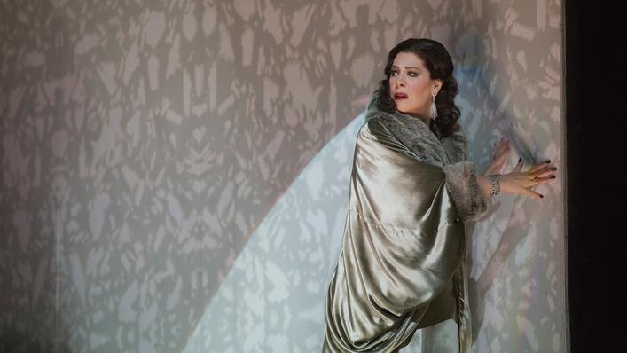 Sondra Radvanovsky sings Tosca on Opera Night   Sat 7pm