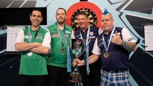 Gary Anderson and Peter Wright (r) of Scotland beat Steve Lennon and William O'Connor (l) of Ireland in the Darts World Cup final