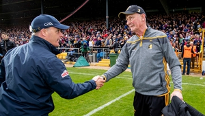 Micheal Donoghue (l) shakes hands with Brian Cody after the game